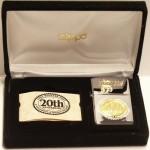 2002 Hooters 20th box